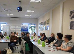 Spotkanie uczestników w salce konferencyjnej KZG.